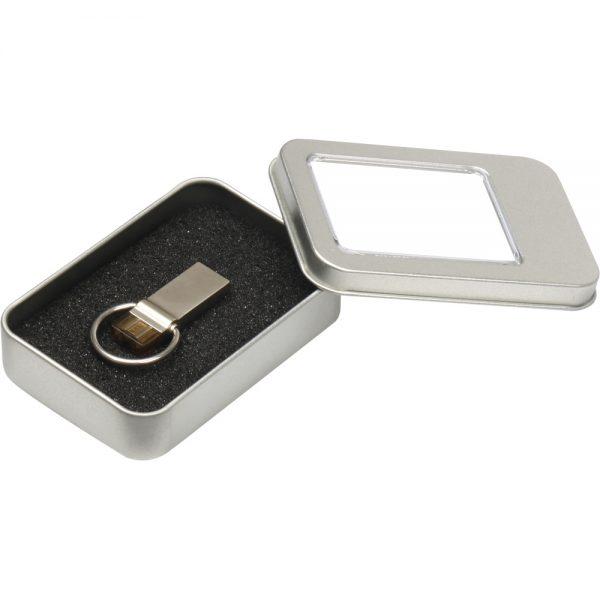 8220-32GB USB Bellekler